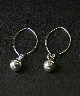 Filippa - Stilrena silverörhängen