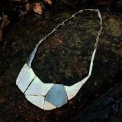 Shakira - Stilfullt halsband med erbjudande örhängen på köpet