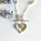Freja - Silverhalsband med stavlås i hjärtform