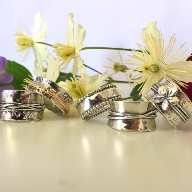 Ett urval av våra silverringar