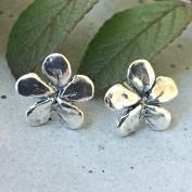 Silver flower - örhängen i silver
