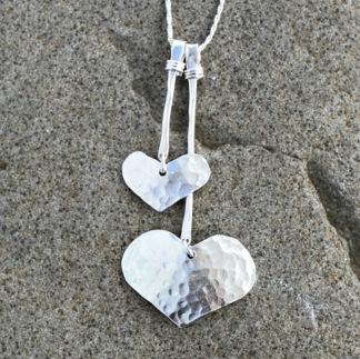 Joline - Silvervita hamrade hjärtan