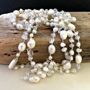 Whitney - Mycket fint pärlhalsband i vita toner