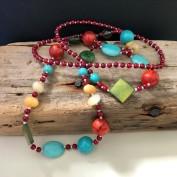 Elaine - Långt halsband med pärlor och stenar