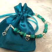 Athina - Allra vackraste armbandet med äkta turkoser och silverhjärtan