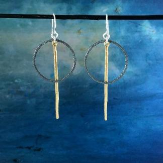 Elaine - Silverörhängen med guldplätering och svartoxidering