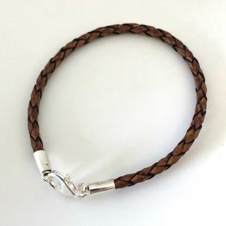 3 mm flätat brunt armband med silverdelar