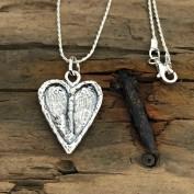 Felicia - Silverhalsband med hjärta i rå design