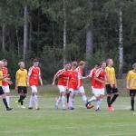 glädje hos rött å vitt efter 3-2 målet