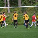 alexander knezevic har placerat bollen i mål 1-3