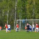 Fredrik Nilsson använder huvudet