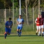 Theo Jonsson sätter fart med bollen