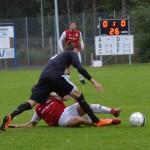 förre rödvita spelaren pontus karlsson trycker ner junioren theo jonsson