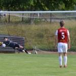 Daniel Ahlm räddar straff men returen slås in och slutresultatet blir 2-1