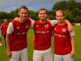 "Alexander Wallinder, Elias Larsson och Lucas Andersson. En trio som utgör ""de gamle"" i laget."