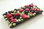 Pralinhusets - 70% Kakao – Ärtor, Blåbär & Hallon