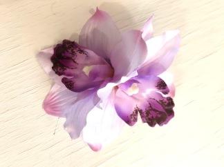 Stor dubbelorkide lila