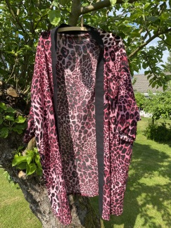 Kimono rosa leopard