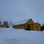En annan vy av Folkets hus i Killingi.