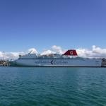 En lite större båt än min, som jag fick dela hamn med i Visby.