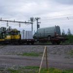 Någon kilometer norr om Kalixforsbron finns tågmötesplatsen med namn Kalixfors, där detta arbetsfordon fanns då jag var där.
