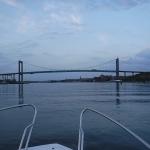 På väg att åka under Älvsborgsbron.