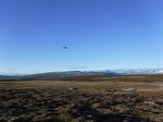 Uppe i det blå flyger helikoptern...