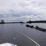 På väg genom sjön Viken, som ligger mellan Vänern och Vättern.
