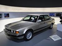 BMW 750iL.