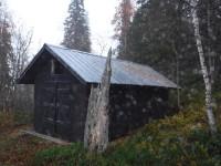 Båthus vid Muttosluoppal.
