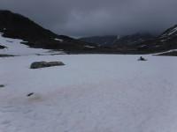 En del snö fanns längs leden.