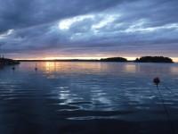 I hamnen vid Gräddö.