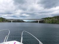 Bron till Vätö som korsar Vätösundet.