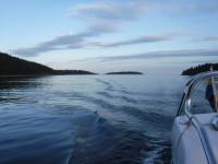 Dagens långa båtresa är snart avklarad.