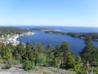 Utsikt ner mot Ulvöhamn.