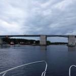 På väg mot Pitsundsbron.