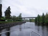 På väg genom Strömsundskanalen.