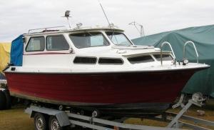 Min gamla båt, som jag aldrig tog mig genom  Strömsholms kanal med.