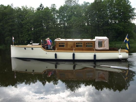 Den fina gamla salongsbåten, som är hemmahörande i Rättvikstrakten  är fint renoverad.