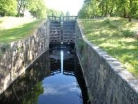 En för tillfället avstängd sluss i Torshälla kanal.