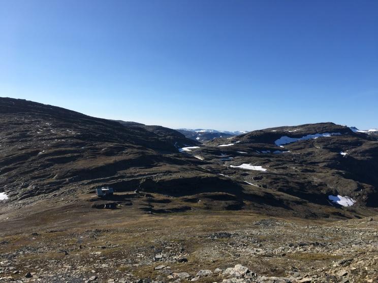 Utsikt mot Låktatjåkko Fjällstation.