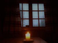 Levande ljus i Goldahytta.