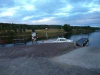 Kväll i Signebyn, där vi övernattade i gästhamnen.