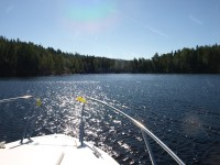 Ute på sjön Bengtsbrohöljen.