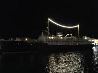 I Kristiansund låg MS Nordstjernen för vintervila både när jag reste norrut och söderut. MS Nordstjernen brukar gå i Hurtigrutens kryssningstrafik vid Svalbard på sommaren.