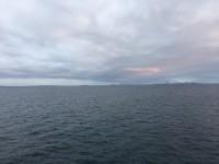 Även om norskar rent generellt är duktiga på att fira det mesta som kan tänkas firas, så gick Luciadagen helt obemärkt förbi ombord på Hurtigruten, utan att jag såg till något luciatåg.