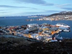 Utsikt från en höjd i Hammerfest.