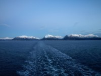 Färden fortsätter längs den norska kusten.