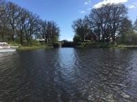 Gravuddens sluss är den nedersta slussen i Hjälmare kanal och denna sluss är belägen alldeles invid Arbogaån.