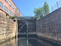 Slussportarna som leder in i Porsnes sluss är stängda, den 28:e juni 2019.